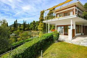 La Villa Fasano, Apartmánové hotely  Gardone Riviera - big - 171