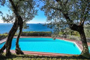 La Villa Fasano, Apartmánové hotely  Gardone Riviera - big - 158