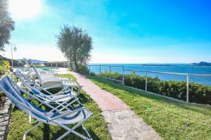 La Villa Fasano, Apartmánové hotely  Gardone Riviera - big - 160