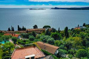La Villa Fasano, Apartmánové hotely  Gardone Riviera - big - 194