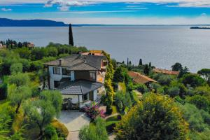 La Villa Fasano, Apartmánové hotely  Gardone Riviera - big - 189