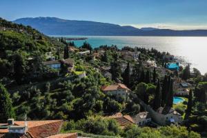 La Villa Fasano, Apartmánové hotely  Gardone Riviera - big - 196