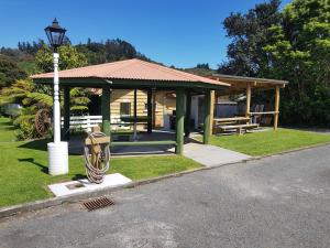 Coromandel Colonial Cottages Motel, Motel  Coromandel Town - big - 48