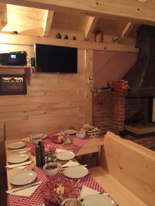 Guest House Alpha Ski Camp, Inns  Jahorina - big - 38
