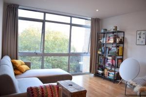 Spacious 1 Bedroom Apartment in Bermondsey - Finsbury