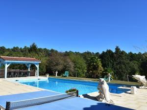 Maison De Vacances - Blanquefort-Sur-Briolance 1, Nyaralók  Saint-Cernin-de-l'Herm - big - 38