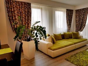 Seasons Apartment, Apartmány  Brašov - big - 34