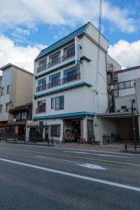 Auberges de jeunesse - J-Hoppers Hida Takayama Guest House