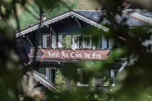 Location gîte, chambres d'hotes Au Coin Du Feu dans le département Haute Savoie 74