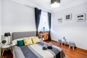 -ClickTheFlat- Wilcza 33 Street Apart Rooms in the City Center