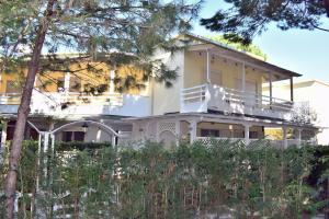 Two Bedroom Apartment at Lalzi Bay-140 - Hamallaj