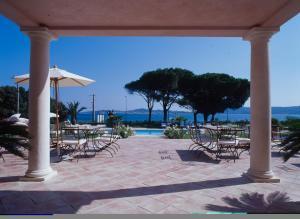 Location gîte, chambres d'hotes Hotel Villa Les Rosiers dans le département Var 83