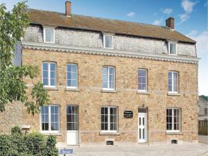 Holiday Home Le Menhir - Heyd