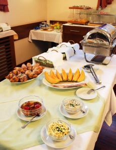 Marben Panzió, Bed and Breakfasts  Hegykö - big - 21