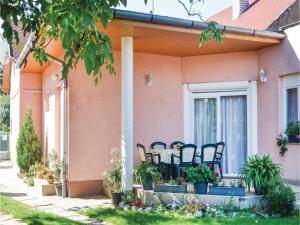 obrázek - Holiday home Majus Utca-Balatonlelle