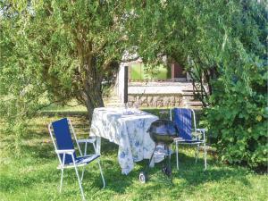 Holiday home Fenyvesi u-Balatonfenyves, Holiday homes  Balatonfenyves - big - 22