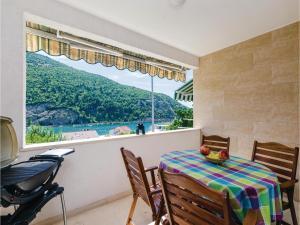 Three-Bedroom Apartment in Mokosica - Prijevor