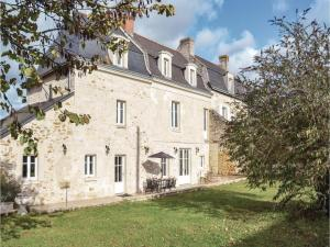 obrázek - Four-Bedroom Holiday Home in Saint-Louans,Chinon