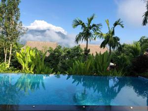 Buraphat Resort - Mē Tamān