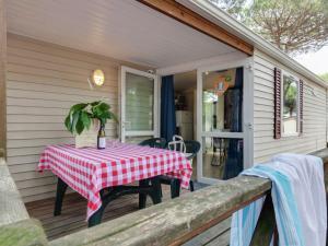 Holiday home Pineta Cottage, Holiday homes  Cesenatico - big - 28