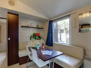 Holiday home Pineta Cottage, Holiday homes  Cesenatico - big - 40