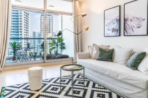 AT HOME - Apartment Dubai Marina JBR Skyview Tower - Full Marina View