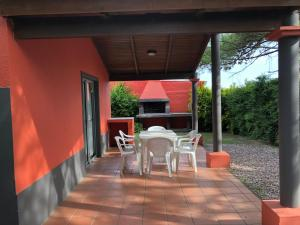 Complejo Pueblo del Sol, Дома для отпуска  Пириаполис - big - 36