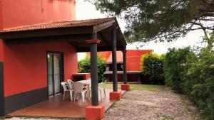 Complejo Pueblo del Sol, Дома для отпуска  Пириаполис - big - 22