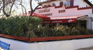 hotel de l'etoile, Hotely  Andernos-les-Bains - big - 8