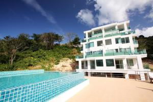 The Bay Cliff Suite, Apartmanok  Patong-part - big - 3