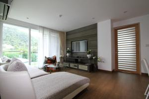 The Bay Cliff Suite, Apartmanok  Patong-part - big - 13