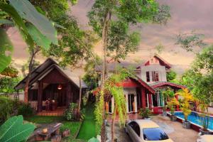 Chiang Mai Old City Retro Villa - Ban Pa Sao
