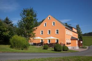 Landgasthof Wolfsgrund - Großhartmannsdorf