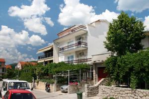 Crikvenica Apartment Sleeps 4 Air Con WiFi