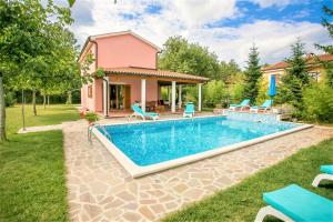 Pleasant Villa Valmonida with Pool, Sauna, Gym and BBQ