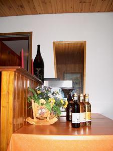 Pension Kastel, Bed and breakfasts  Zeneggen - big - 27