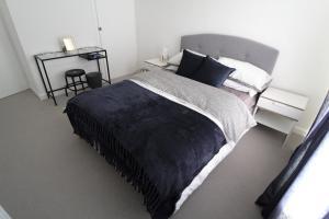 Bright & Spacious 2-Bedroom Flat In Preston Park - Clayton