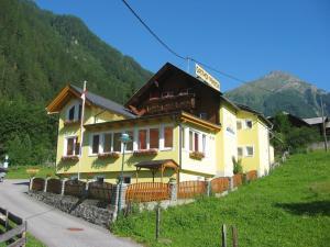 Gasthof Innerfraganterwirt - Hotel - Flattach