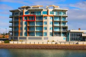 Wallaroo Marina Luxury Apartment