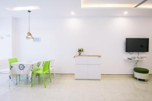 Da Nang Daisy apartment, Apartments  Da Nang - big - 259