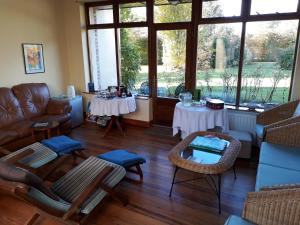 Grove Wellness Centre B&B, Bed and Breakfasts  Shanballymore - big - 48