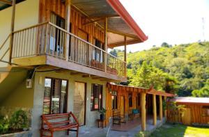 Hotel De Montaña El Descanso, Rivas