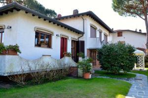 24 Via Benvenuto Cellini - AbcAlberghi.com