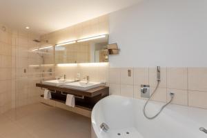 Hotel Vorab, Hotely  Flims - big - 13