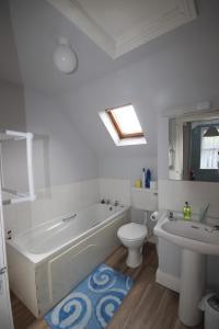 14 Clifden Glen, Ferienhäuser  Clifden - big - 74