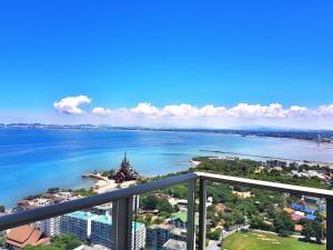 1BR Sea View Riviera By Pattaya Holiday - Ban Bang Kalo