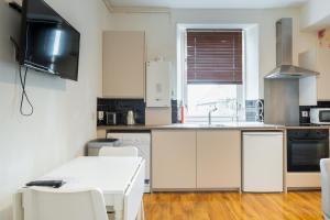 Fraser Apartment, Apartmány  Aberdeen - big - 5