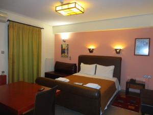 Hostels e Albergues - Ξενώνας Λείριο/Lirio Guest House