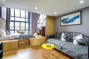 Lavendar Duplex Apartment, Apartments  Guangzhou - big - 44