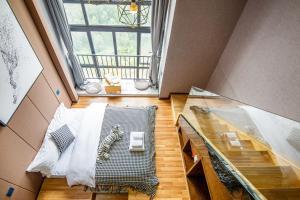 Lavendar Duplex Apartment, Apartments  Guangzhou - big - 53